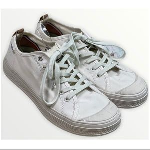 PALLADIUM SP Ivory Low Top Lace Up Sneakers